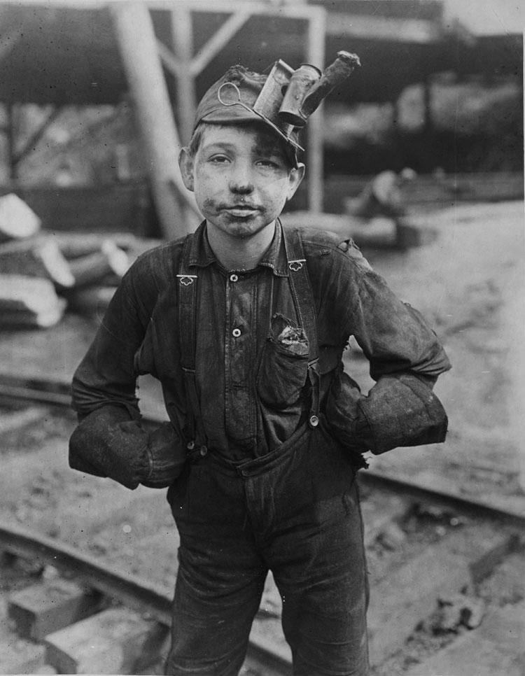 lewis hine young boy coal miner 1909 13 weisman art museum